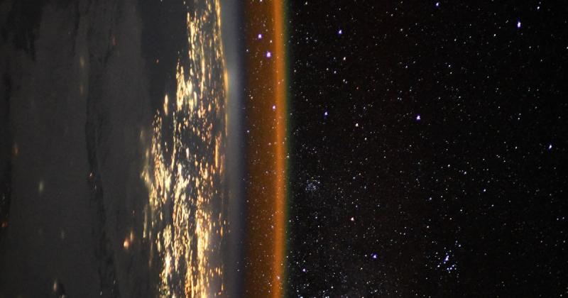 Space station astronaut captures breathtaking view of the edge of the Earth