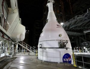 Orion: Nasa's Moon-ship is attached to SLS megarocket